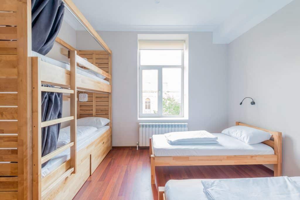 hochbett f r erwachsene test 2019 die besten hochbetten. Black Bedroom Furniture Sets. Home Design Ideas